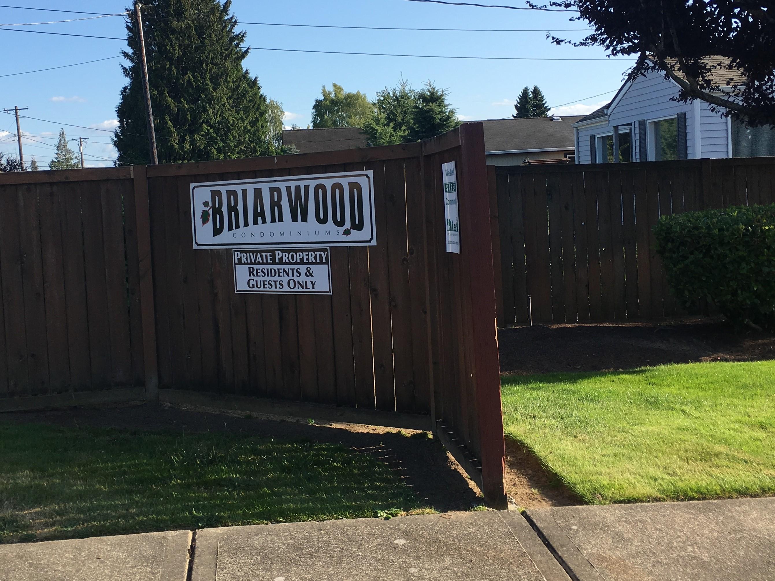 Briarwood Condominiums entrance